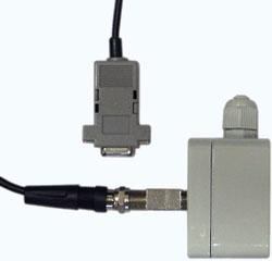 Подключение кабеля для связи с ПК к преобразователю интерфейса при его конфигурировании.